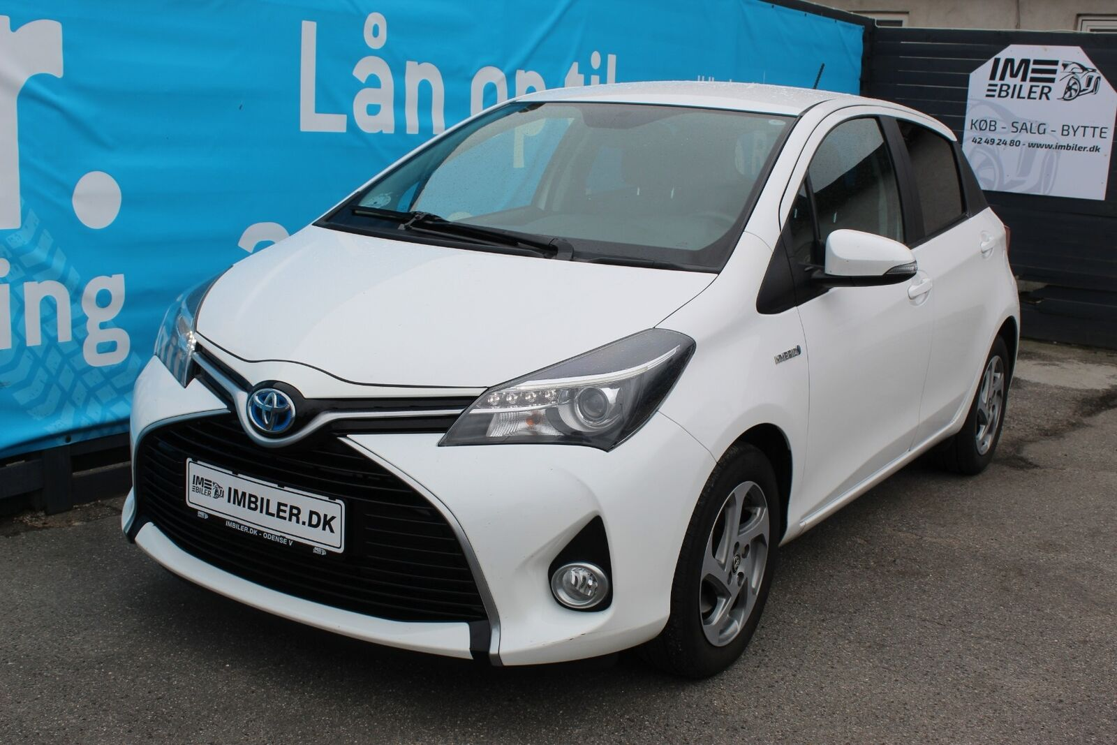 Toyota Yaris 1,5 Hybrid H2 Limited CVT 5d - 109.900 kr.