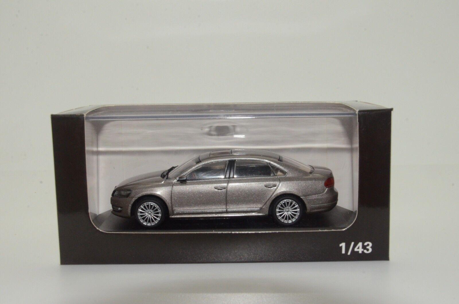 VW Shanghai New Passat Passat Passat  1 43 55c315
