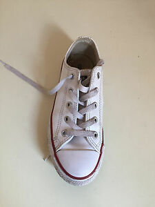 c2808f0d3cf6 Image is loading Converse-all-star-trainers-White-Childrens-unisex-Size-