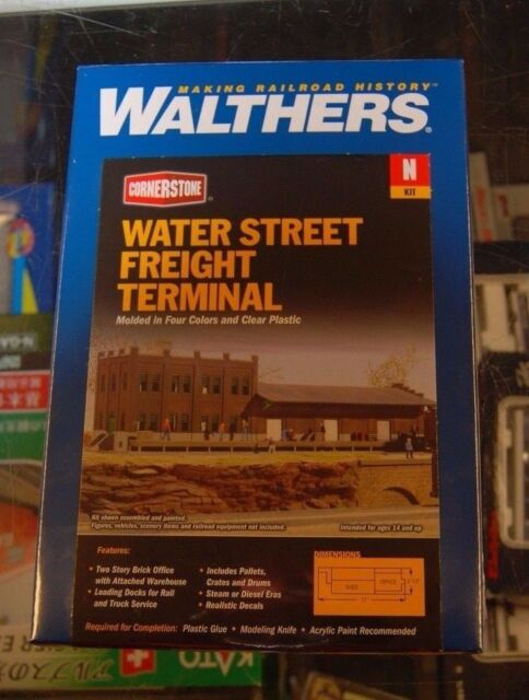 3201 Walthers Cornerstone Water Street Freight Terminal N Scale