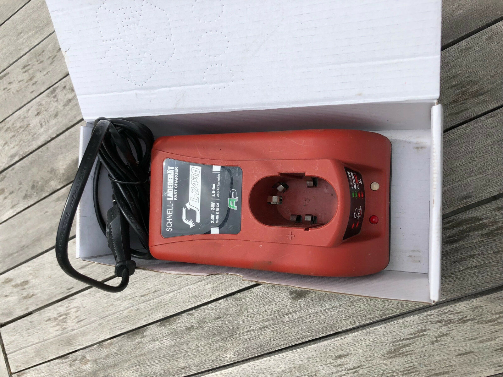 Akku Power Werkzeug L2430 Schnell-Ladegerät 2,4V bis 24V NiCd NiMH Li-Ion