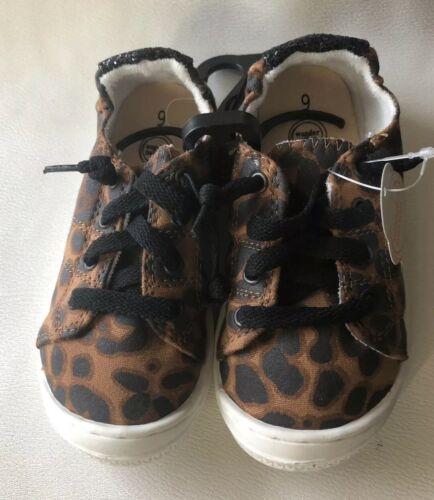 Wonder Nation Cheetah Print Toddler Girls Slip-on Shoes Non-Marking Size 8 9 10