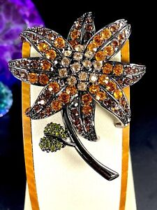 JOAN-RIVERS-JAPANNED-FINISH-AMBER-CITRINE-LARGE-DIMENSIONAL-LILY-FLOWER-BROOCH