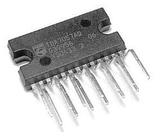 TDA7057AQ IC 2 × 8 W stereo BTL audio amplifier DC Volume control