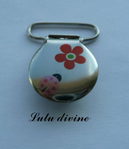 Attache tétine /& doudou métal Coccinelle rose /& fleur rouge 1 Pince bretelle