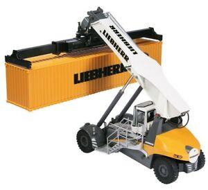 Liebherr-LRS-545-reachsteaker-containerstapler-1-50-NZG-960