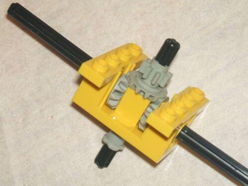 LEGO TECHNIC YELLOW Split T Gearbox Gears Cogs /& extra Black Axles