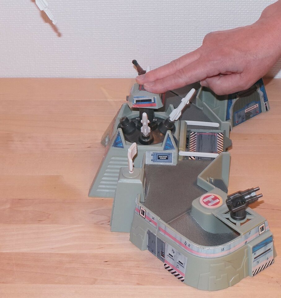 MicroMachines Firestorm Missile Base, 1993, Micro