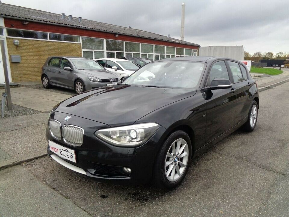 BMW 118d 2,0 aut. Diesel aut. Automatgear modelår 2014 km