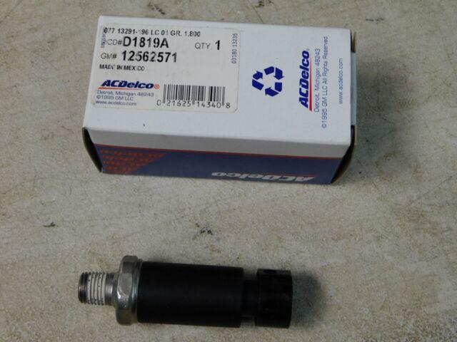 Genuine GM Oil Pressure Sending Unit 12562571 NOS