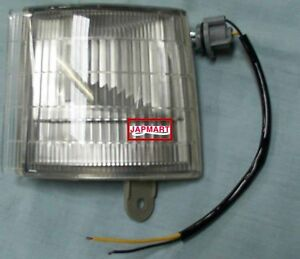 MITSUBISHI-FUSO-CANTER-FE657-7-5T-FRONT-CLEARANCE-PARKING-LAMP-LIGHT-0270JMR3