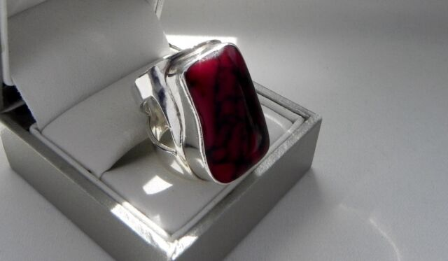 Avant garde! 11g sterling silver 925 red jasper gemstone ring size L (US 5.75)