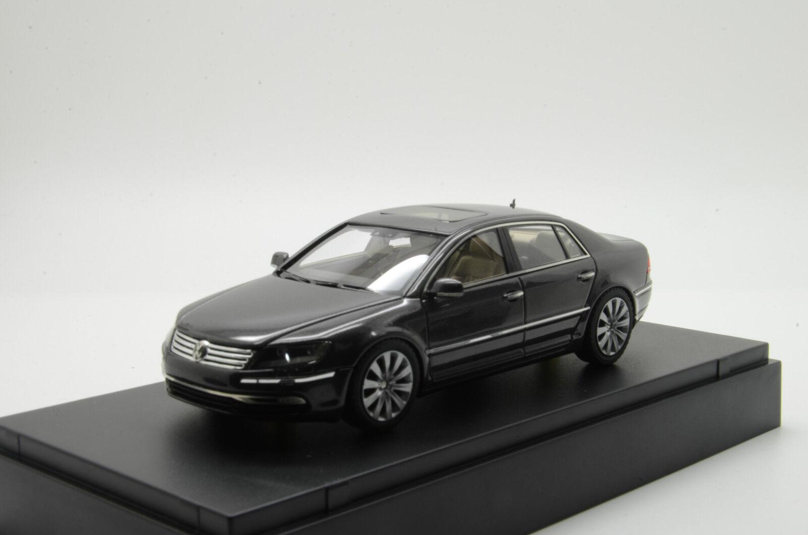 Rare    VW PHAETON Looksmart 1 43
