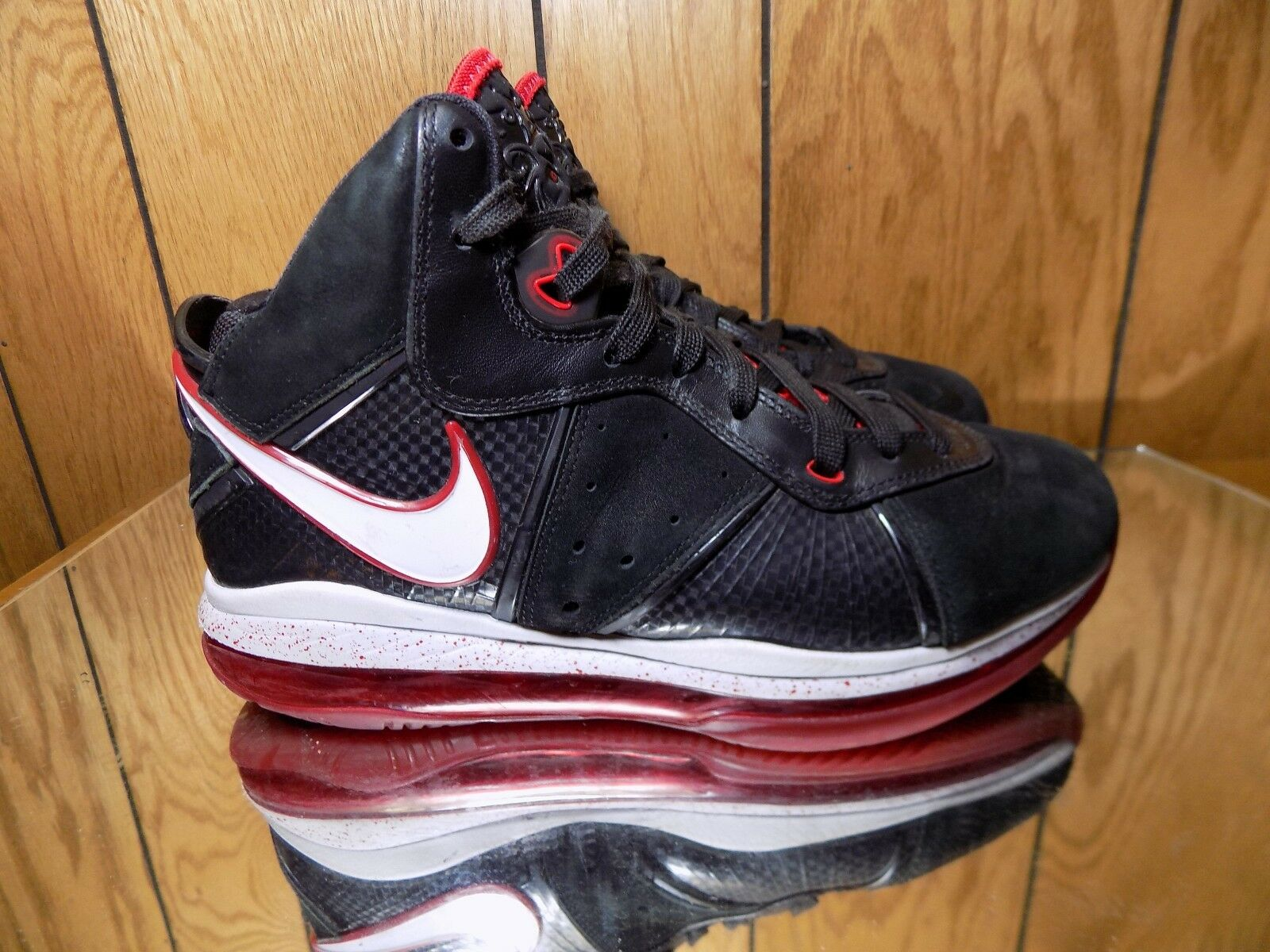 2010 Nike Air Max LEBRON VIII 8 BLACK WHITE SPORT RED GOLD BRED 417098-002 7.5