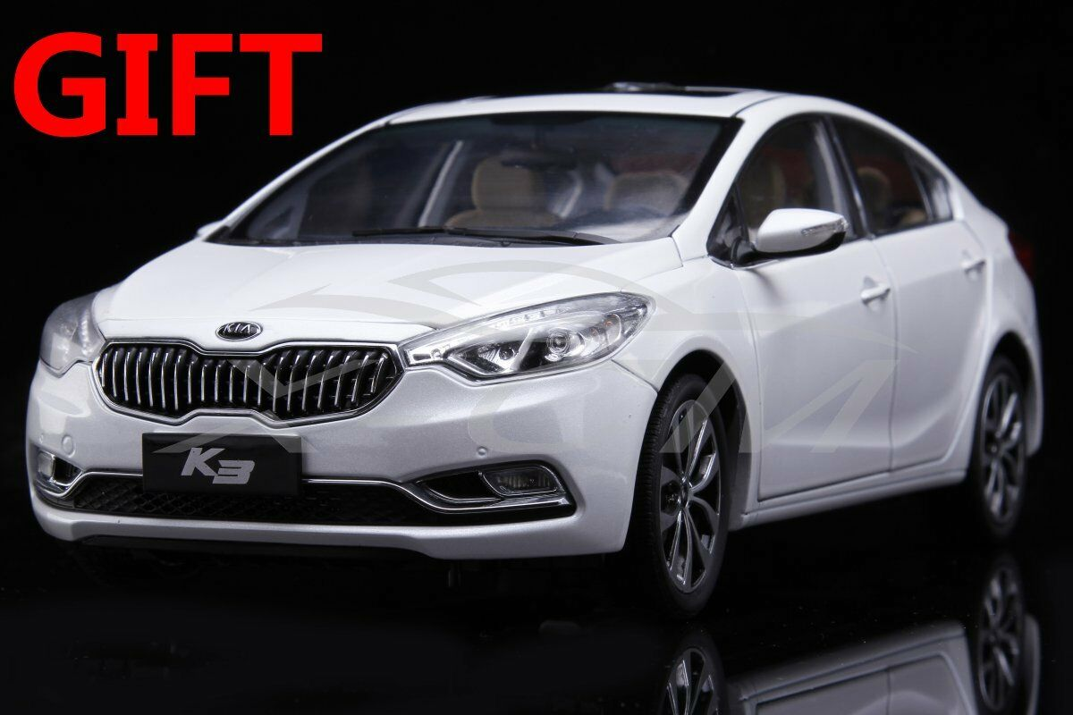 Car Model KIA K3 1 18 (White) + SMALL GIFT