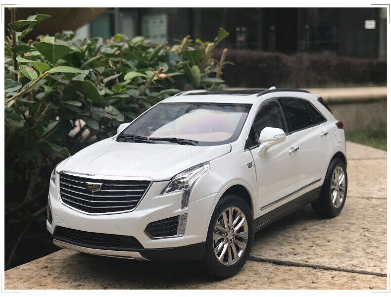 1 18 Scale CADILLAC XT5 2016 Diecast Simulated Car Model Collectible Toy Gift
