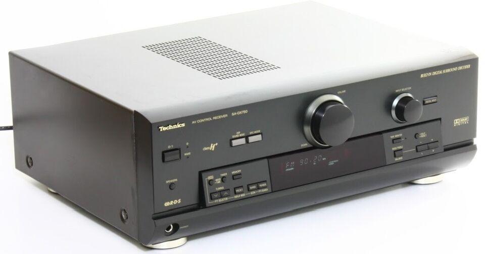 Stereoanlæg , Technics, Surround forstærker SA-DX750 og
