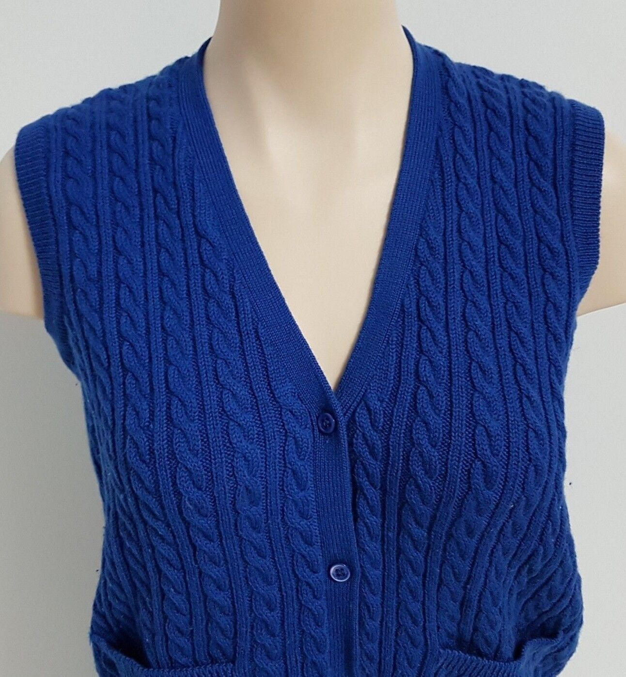 Ports International Womens Vest Cable Knit Pure Virgin Wool Size Large blueE