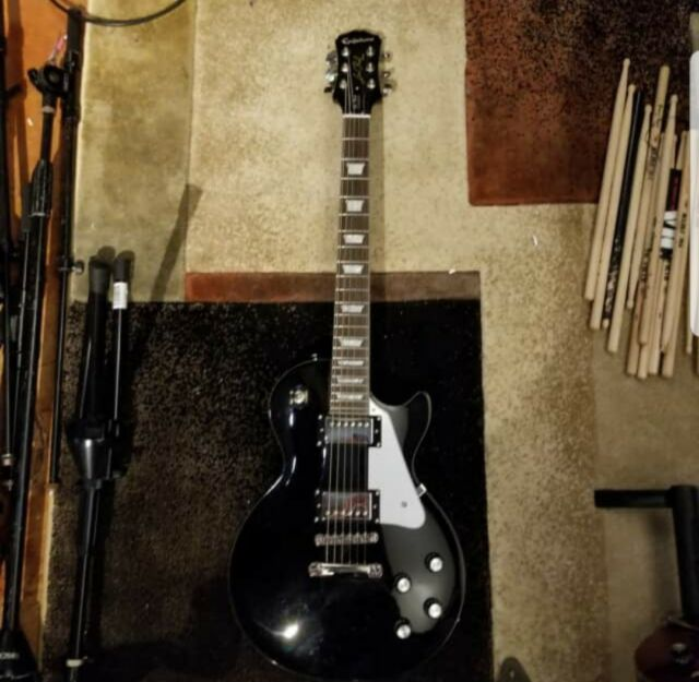 91117b9b70 Epiphone Les Paul Limited Edition Custom Electric Guitar for sale ...