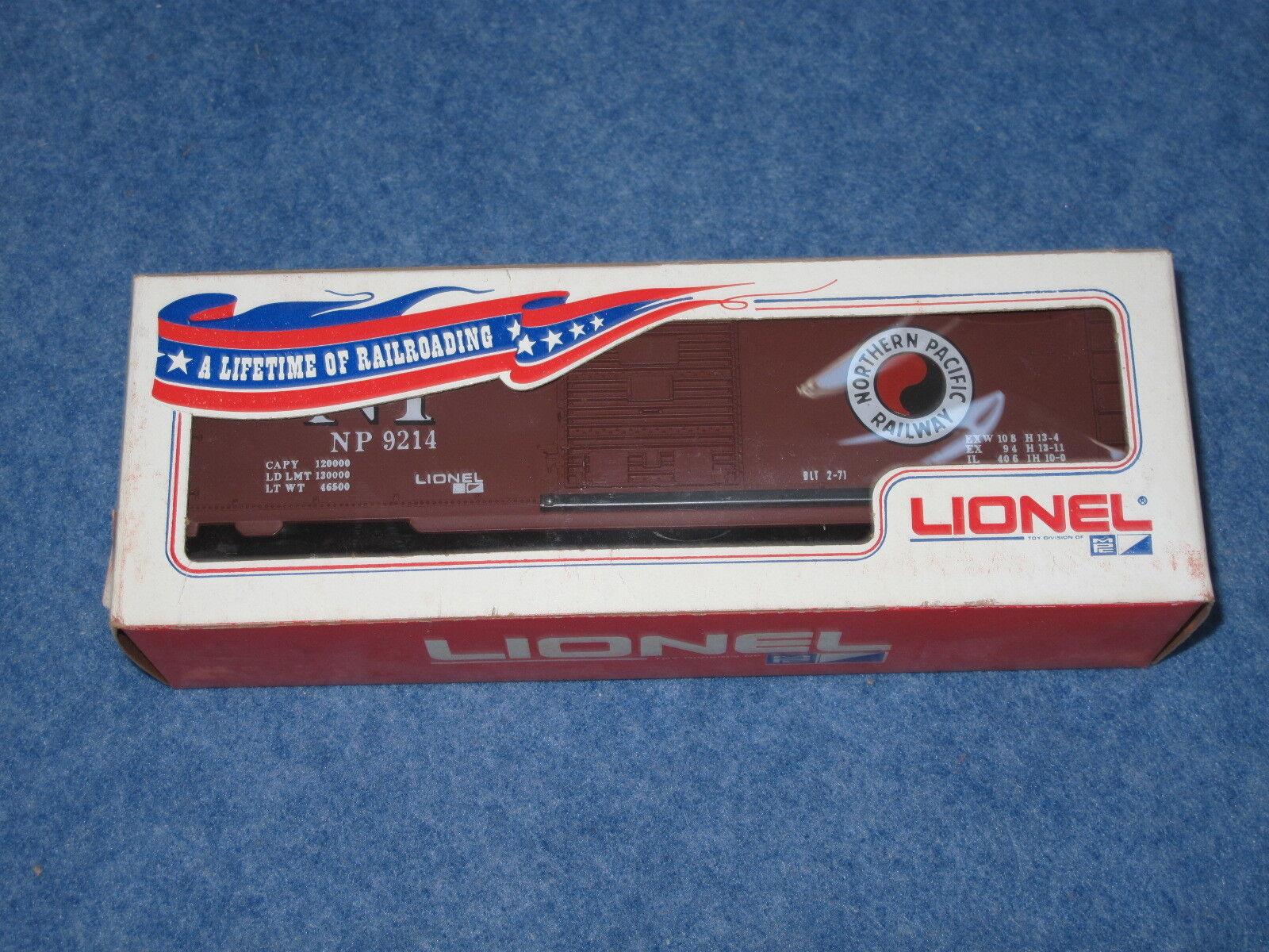 1971 Lionel 6-9214 Northern Pacific Box Car L1145
