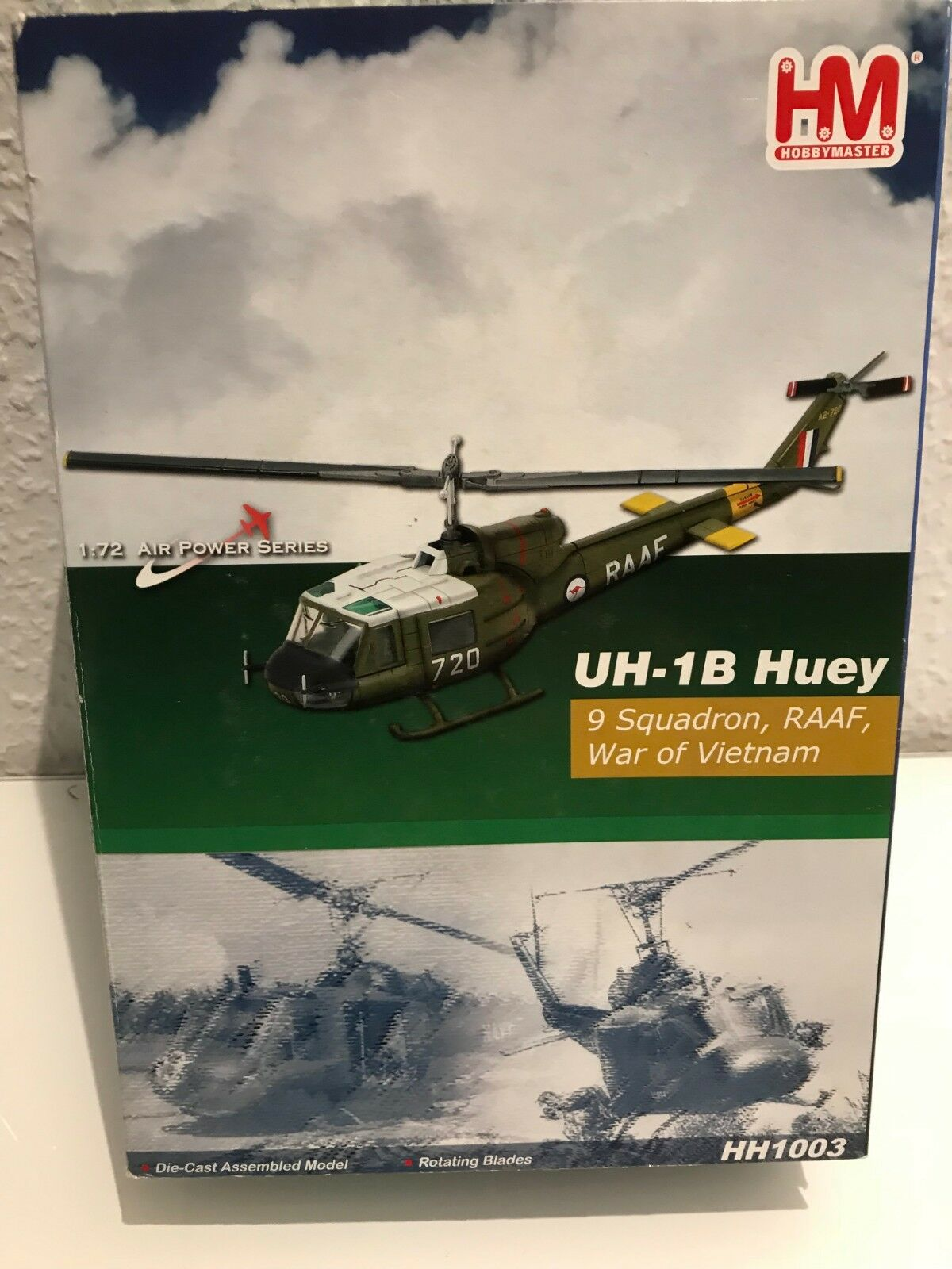 Hobby Master HM hh1002 Bell uh-1b Huey JGSDF 1st Helicopter Bgd le JAPON, 1982 1 72