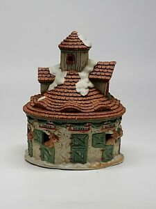 Ceramic-Village-Santa-039-s-Reindeer-Stall-Light-Hole-Christmas-decor-RETAILER