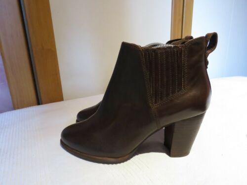 Heels in Uk Ugg® Rrp 5 Stivaletti Usa £ 155 5 pelle Poppy scuro 38 Australia Eu marrone 7 tR8qA8w0
