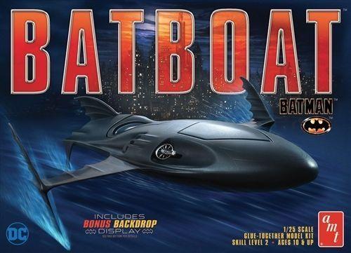 2017 AMT DC Batman Returns BatBoat Plastic model kit 1 25 new in the box