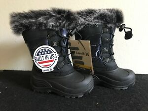 Kamik Snow Boots Kids / Size 8 Brand New