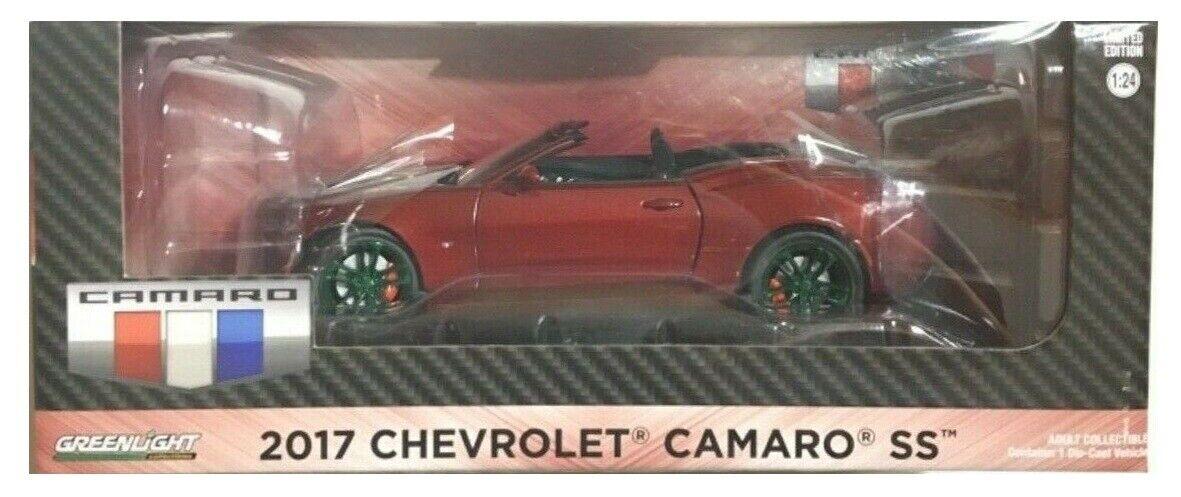 Máquina verde verdeLight Chase 18245 2017 Chevrolet Camaro SS Converdeible Granate