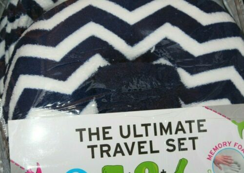 Throw /& Socks Pillow Silver One The Ultimate Travel 3-pc Set Navy//White
