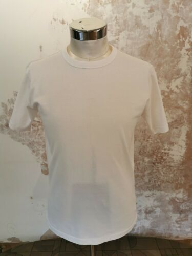 Fruit of The Loom White T-Shirt Men/'s Small 100/% Cotton