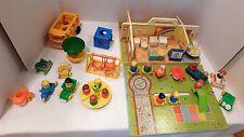 Vintage NURSERY SCHOOL # 929 & Accessories Fisher Price Little People 43 pieces