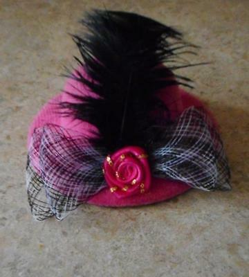 Pink Hat w//Plume /& Black /& Bow /& Shiney Round Accent for Barbie Doll