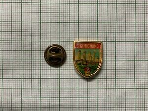 Italy-San-Gimignano-City-pin-badge