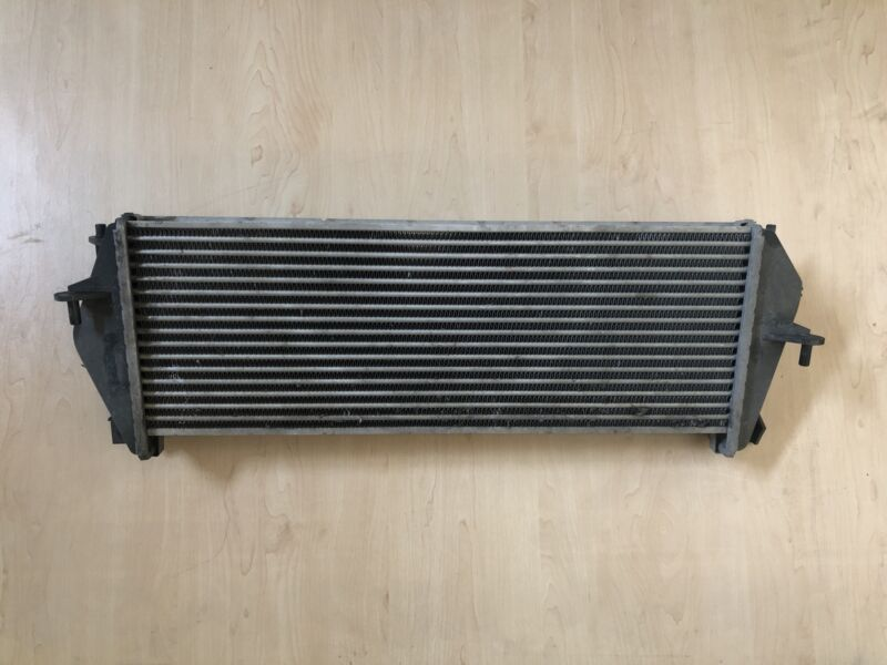 Land Rover Defender Intercooler