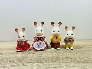 Sylvanian-Families-Chocolate-Rabbit-Frasier-Teri-Peppermint-Coco-Freya-Set