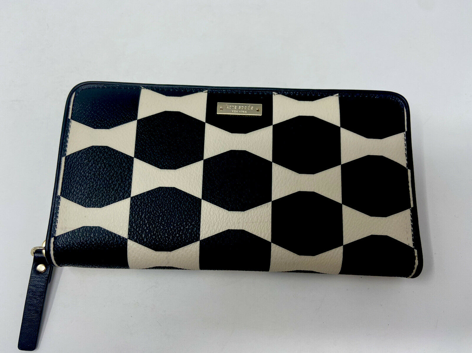 NWOT Kate spade wallet, bow tile lacey, style#PWRU3669