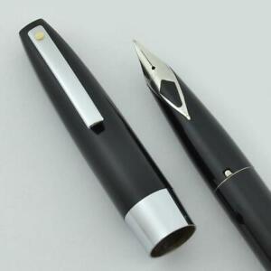 Sheaffer-330-Fountain-Pen-Black-Fine-Short-Diamond-Nib-New-in-Box