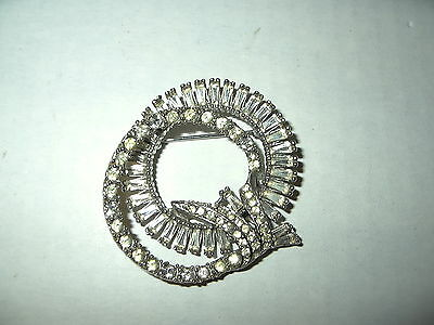 Vintage Signed TRIAD Silvertone & Clear Rhinestone Round Abstract Brooch Pin