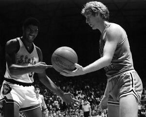 1979-Michigan-State-MAGIC-JOHNSON-vs-Indiana-State-LARRY-BIRD-Glossy-8x10-Photo