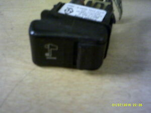 Volvo 8077402 GTD Air Suspension Switch 3231-3 *FREE SHIPPING*