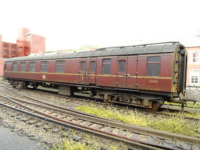 Bachmann Br Mk1 Maroon Brake Coach E21202 (lineside Weathered) 39-226