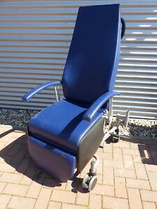 Liegestuhl Gebraucht.Details Zu Greiner Careline Behandlungsstuhl Stuhl Chair Liegestuhl Liege Gebraucht