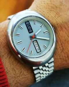 Bulova-Automatic-Vintage-Day-Date-Da-Uomo-Braccialato-Particolare-Forma-Raro