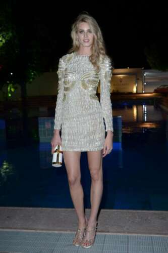 Vanessa Hessler Stylish Golden Outfit 8x10 Picture Celebrity Print