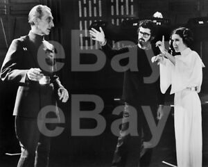 Star-Wars-1977-Peter-Cushing-George-Lucas-Carrie-Fisher-10x8-Photo
