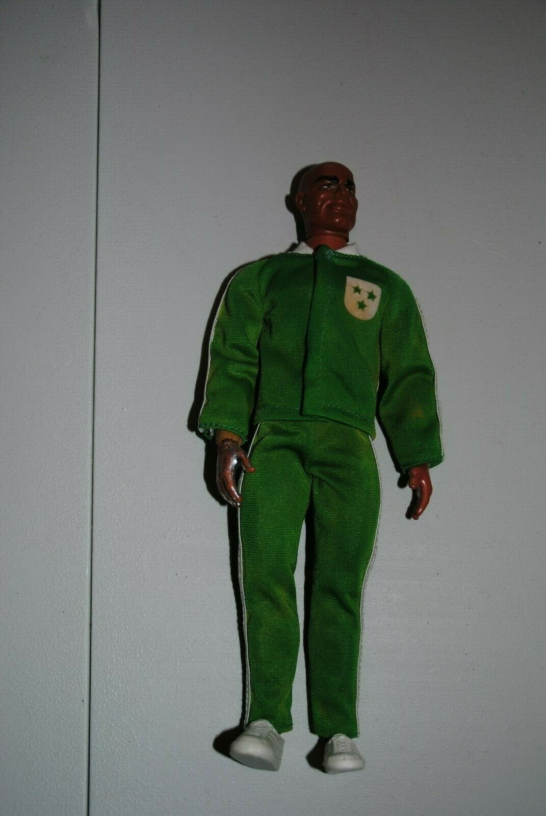 BIG JIM MATTEL     DR STEEL    SPORTSMAN GREEN  WARM-UP SUIT     OUTFT  ,NICE