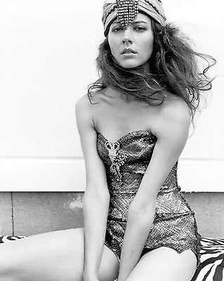Amy Acker 8x10 In Sexy Black And White Glamor Shot Ebay