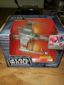 STAR WARS ACTION FLEET LUKE SKYWALKER/'S  ROGUE RED 5  X-WING STARFIGHTER